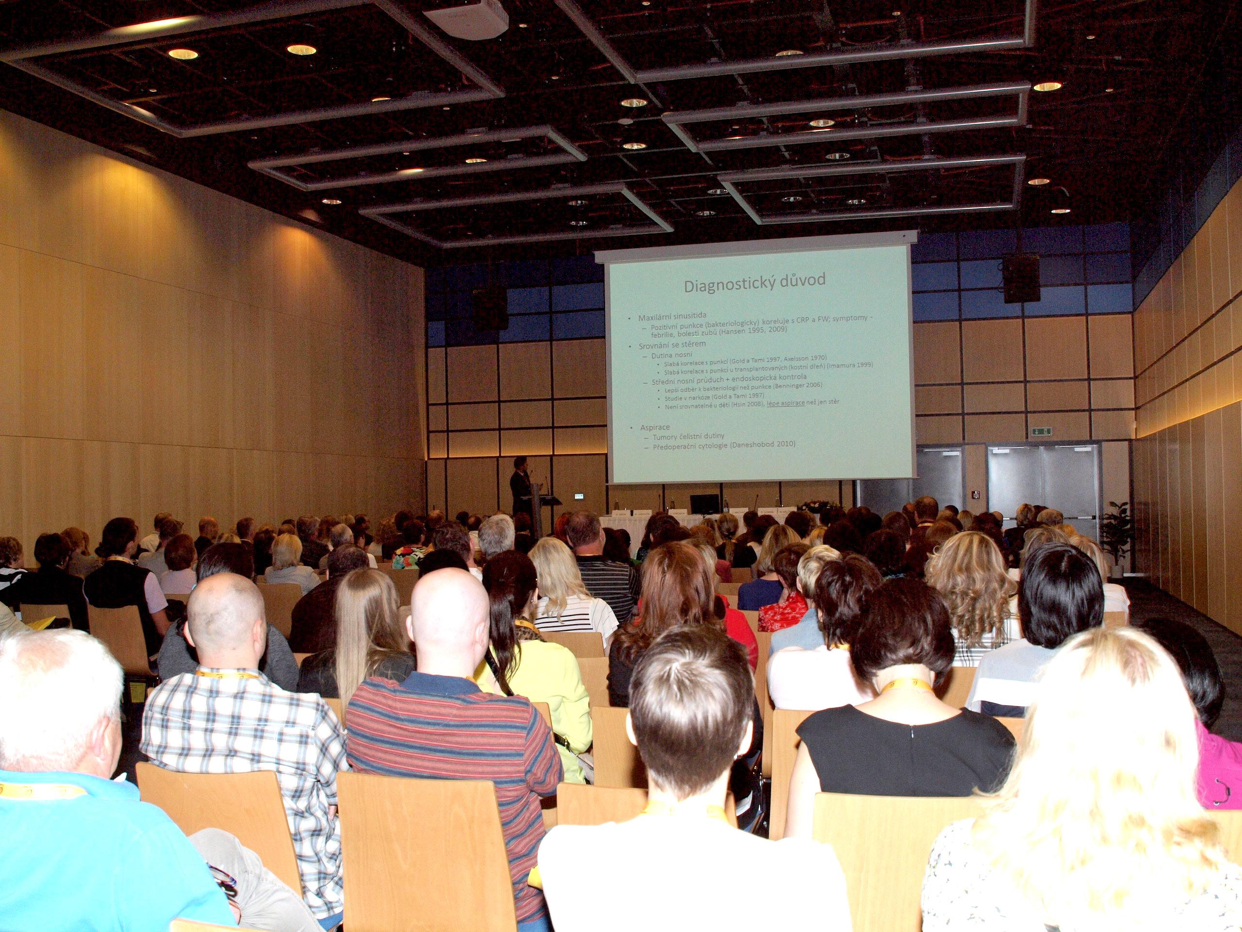 Přednášky v kongresovém centru