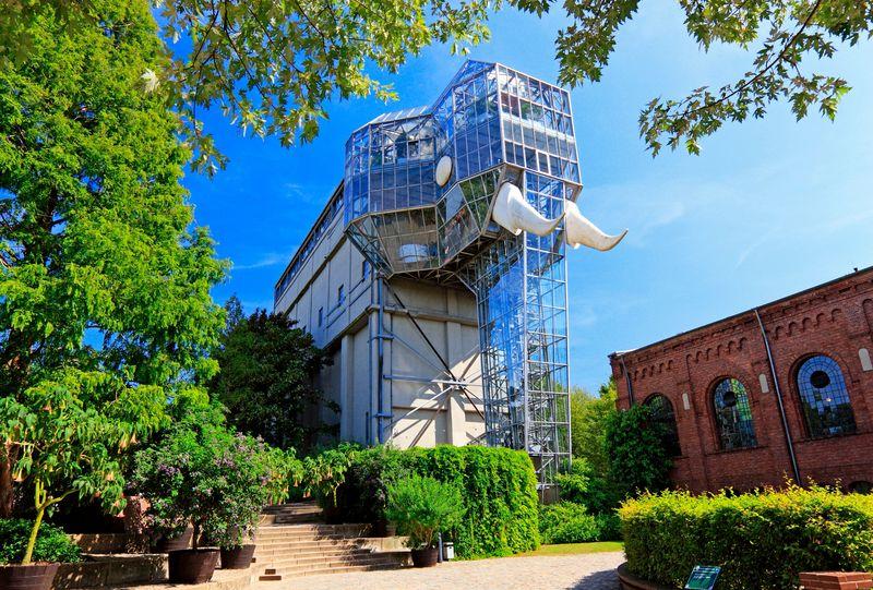 Největší slon na světě vzniklý přestavbou věže na úpravu uhlí – Maxmiliánský park, Hamm