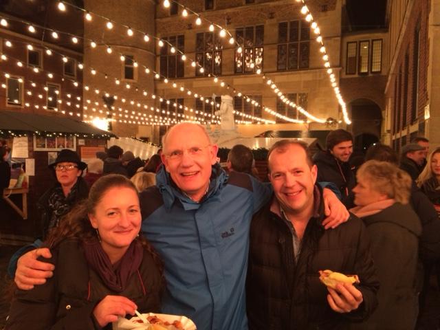 Vánoční trhy Münster - Dr. Dr. Jürgen Abrams uprostřed, Dr. Gorbachevski vpravo (spolupracovník), Dr. Hybášková vlevo
